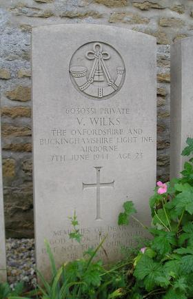 Headstone of Pte V Wilks, Herouvillette Cemetery, October 2010.