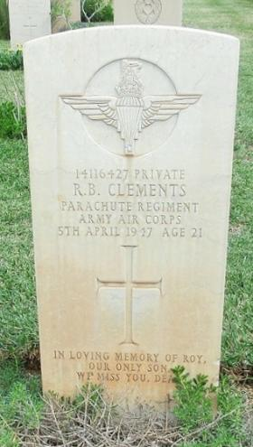 Grave of Pte R B Clements, Khayat Beach Cemetery Israel, 1 January 2015