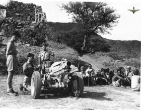 Members of  97 Fld Bty, 33rd Para Light Regt RA, near Sana Fort (Yemen) c1957.