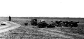 75mm Pack Howitzers of 97 Fld Bty, 33rd Para Light Regt RA, on the Salt Flats, Aden, c1957.