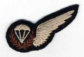 RAF Parachute Jump Instructors' Insignia (From November 1945)