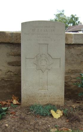 Headstone of Pte William Farley, Ranville Churchyard, August 2010.