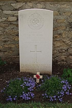 Headstone of Lt N W Reid Ranville Churchyard, 2010