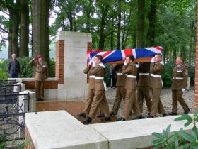 Reinterment of Dvr Kennell, Oosterbeek War Cemetery, September 2015