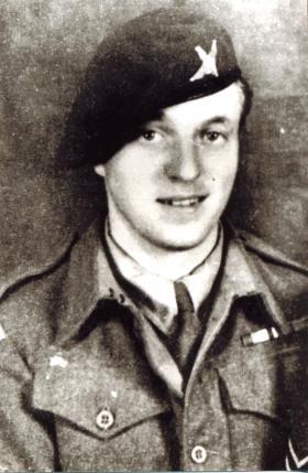 Rifleman L Rooke, Parachute Regt, Palestine. 1946, Aged 20