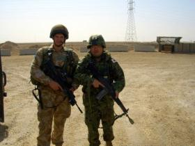 Pte Phillipson and Japanese soldier, Iraq, 2005.
