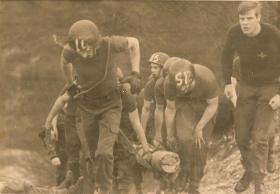 10 PARA Training Wing Log Race Aldershot 1982