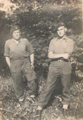 Troopers Arthur 'Chalky' White and Alfred Cannon, 1st Airborne Recce, Norway 1945.