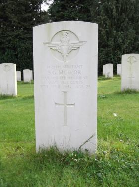 Headstone of Sgt SG McIvor, Becklingen War Cemetery, August 2011.