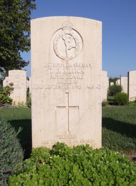 Headstone of Sgmn TJ Sillick, Bari War Cemetery, November 2011.