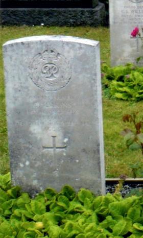 Headstone of Driver George Simkins, Eiganes Churchyard, Stavanger, Norway.