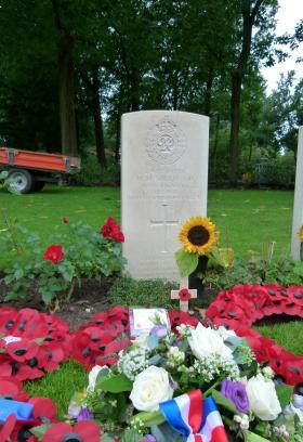 Headstone of Spr Sherwood, Oosterbeek War Cemetery, September 2015.