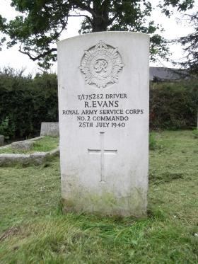 Driver Ralph Evans' Headstone, St Mary's Church, Walton on Thames, 2012.
