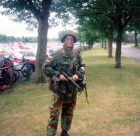 Pte Tony O'Toole Airborne Forces Day, prior to boarding Chinook for Rushmoor Arena, 1989.