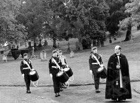 Drummers and Padre at the funeral of Pte Tor Kendall, Aldershot Military Cemetery, 1976.