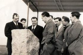 Bob Midwood at the unveiling of a commemorative plaque at Harwell, 1955.