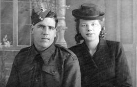 Walter & Roxine Pelling c1943