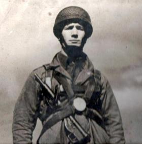 A Para with Sten tucked in his webbing, c1942.