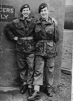Ptes Cliff Watts (Demonstration Platoon, Depot) and John Warner (2 PARA), January 1949 Beaulieu