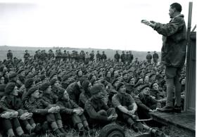 Gale addresses men of 6th Airborne Division.