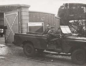 Men of Zulu Sqn, 1 Parachute Logistic Regiment leave base in Northern Ireland