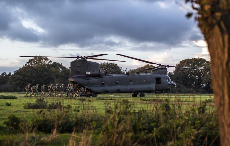 Chinook helicopter landing