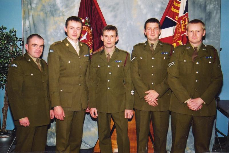 A Photo of the Lads from 1 Para that where awarded the MC at Seira Leon