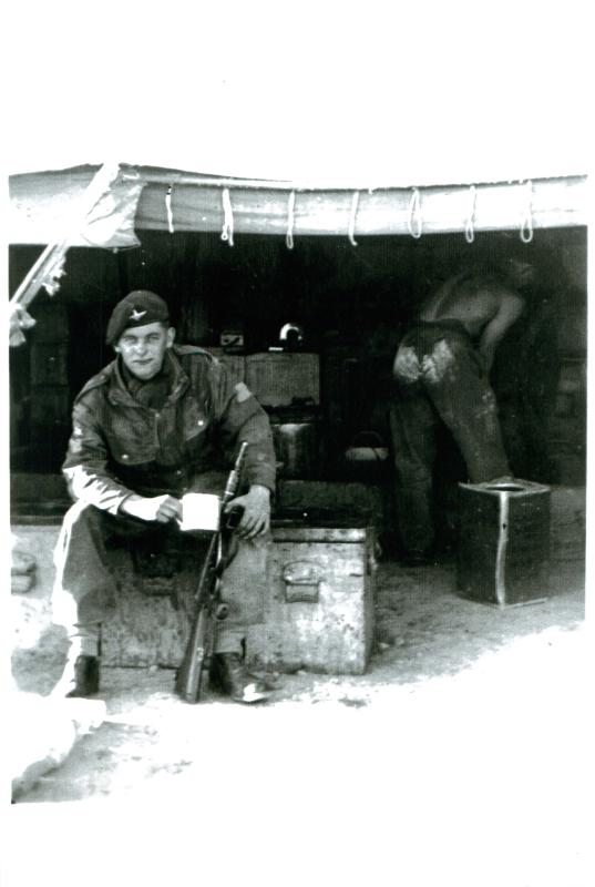 Pte Hunt, 3 PARA, somewhere in the desert between Suez and Cairo. 6/2/52.