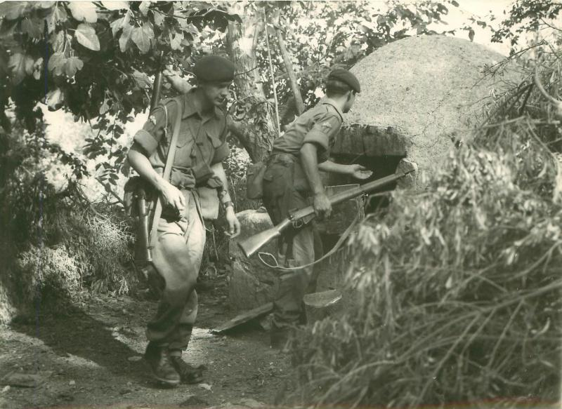 Paratroopers conduct cordon and search in Cyprus, 1956.