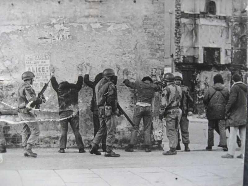 1 PARA conducting arrests and body searches in Londonderry, January 1972.