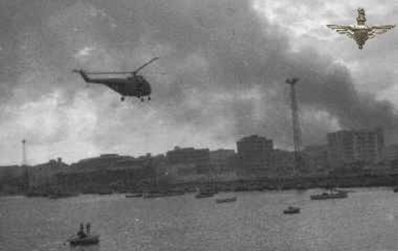 Helicopters bringing in more troops Suez 1956