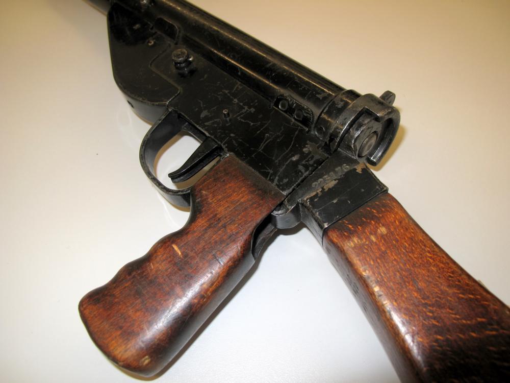 STEN Machine Carbine | ParaData